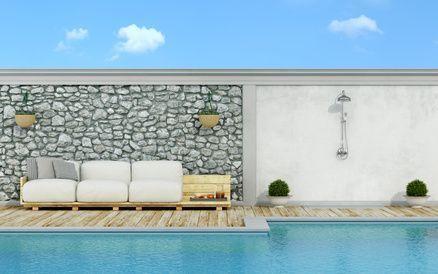 Neben Der Herstellung Des Pa White Pallet Couch In Pallets On The Poolside